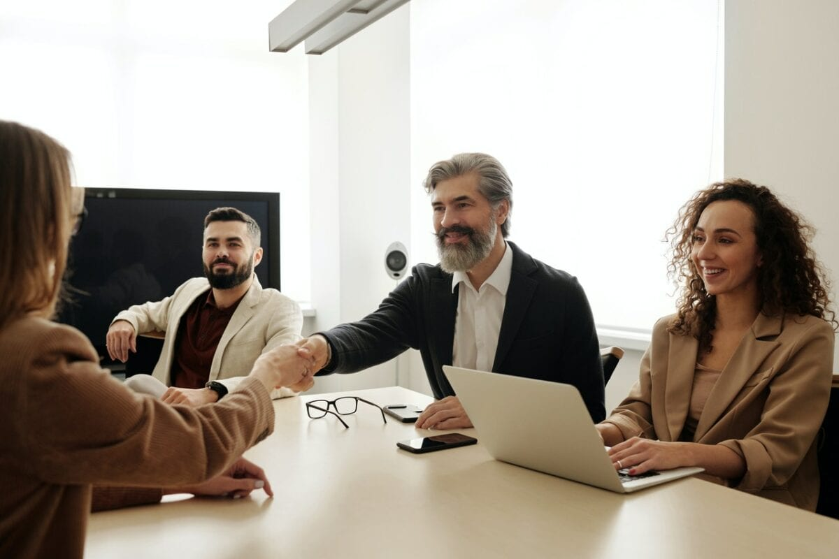 How HR and Staffing Can Work Together Harmoniously | Career Karma